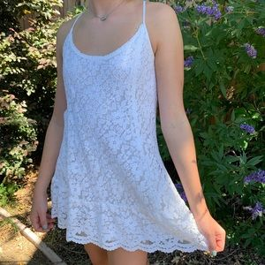 ABERCROMBIE & FITCH lace dress